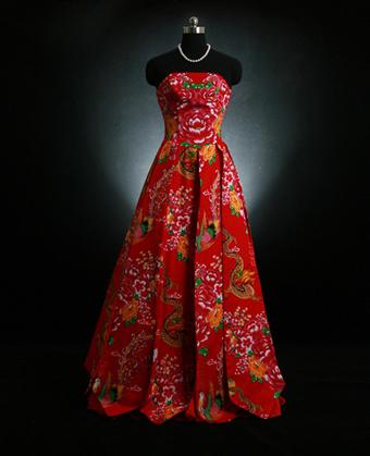 红色的礼服定做